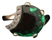 10 CT 10 Ct Natural Green Emerald with Diamonds