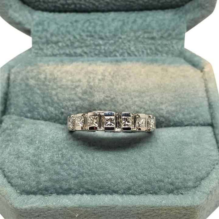 14k white gold ladies princess cut and diamond baguette wedding band