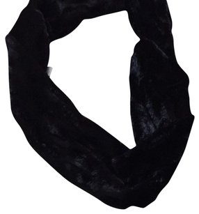 212 Collection Faux Fur Scarf