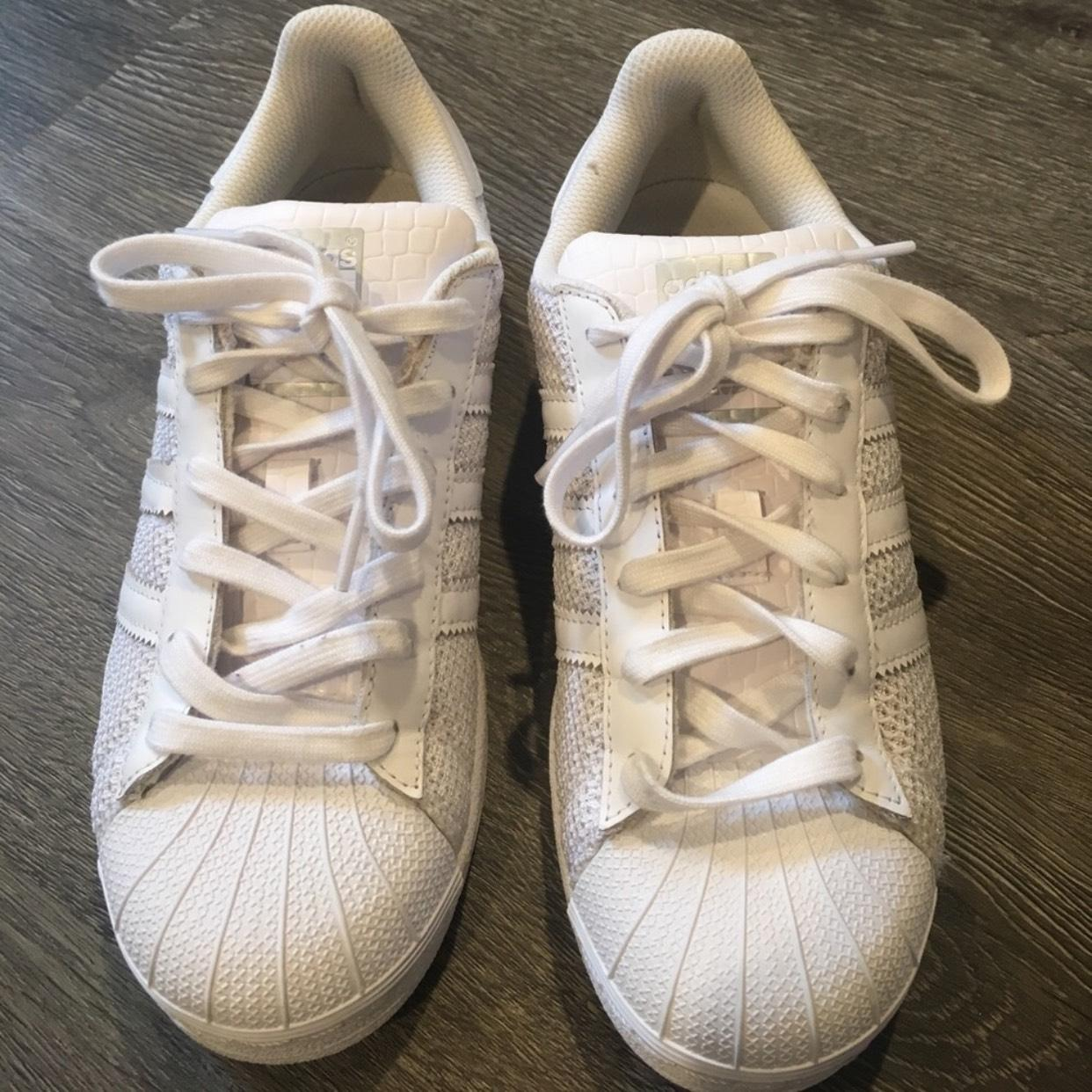 adidas Superstar Sneakers Size US 6.5 Regular (M, B)