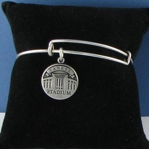 Alex and Ani Alex And Ani Yankee Stadium Expandable Ewb Bracelet Russian Silver