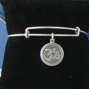 Alex and Ani Alex Ani A09eb210rs Om Charm Bracelet Russian Silver Retired