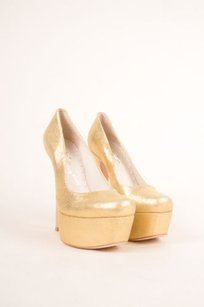 Alice + Olivia Gold Foiled Pumps