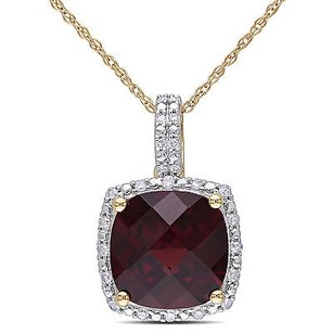 Amour 10k Yellow Gold Garnet And 110 Ct Tdw Diamond Pendant Necklace H-i I2-i3 17