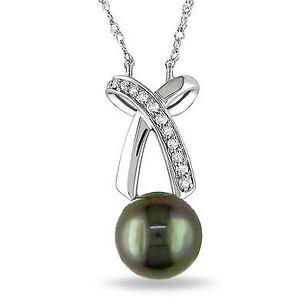 Amour 14k White Gold 110 Ct Tw Diamond 8-9 Mm Tahitian Pearl Pendant Necklace 18