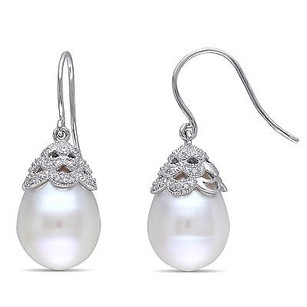 Amour 14k White Gold Freshwater Pearl 110 Ct Tdw Diamond Earrings Gh I1-i2 10.5-11 Mm