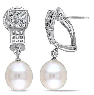 Amour Sterling Silver Cubic Zirconia 9-10 Mm Freshwater Fashion Pearl Earrings