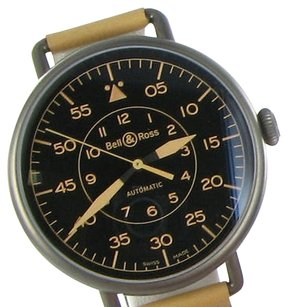 Bell & Ross Bell Ross Vintage Ww 1-92 Heritage Black Dial Leather Watch In Box