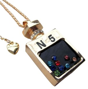 Betsey Johnson Betsey Johnson No 5 Perfume Bottle Necklace Pendant Gold Tone J2377