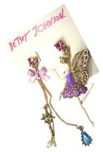 Betsey Johnson NWT Betsey Johnson Earrings ballerina MISMATCHED Posted PURPLE