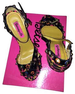 Betseyville by Betsey Johnson Wedges