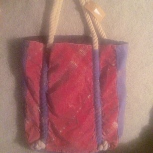 Billabong Tote in Red/blue
