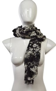 Bindya New York Bindya York Womens Black Printed Scarf Os Wool Casual