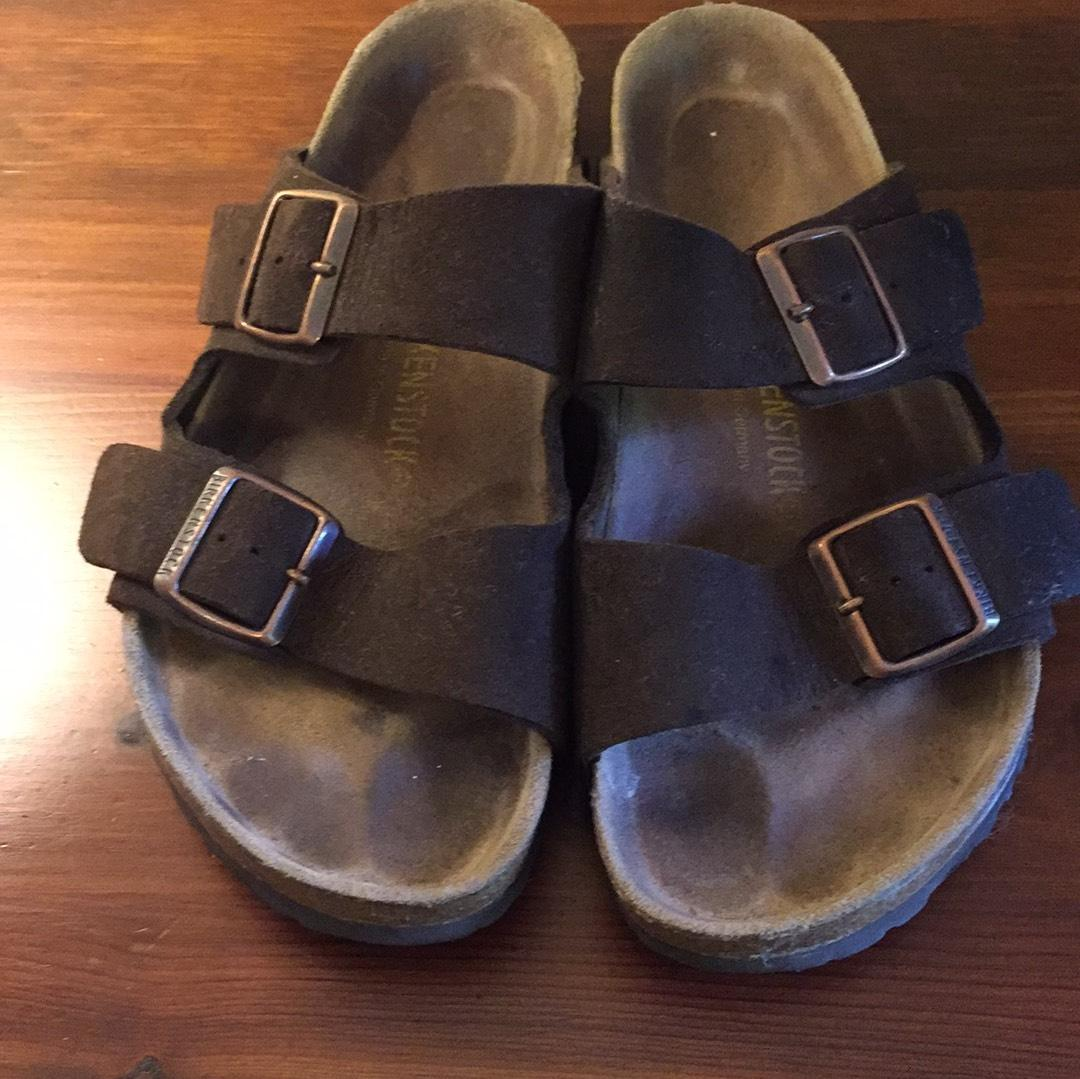 87875633e3a5 Black Birkenstock Piazza Size 8 Payless Womens Shoes