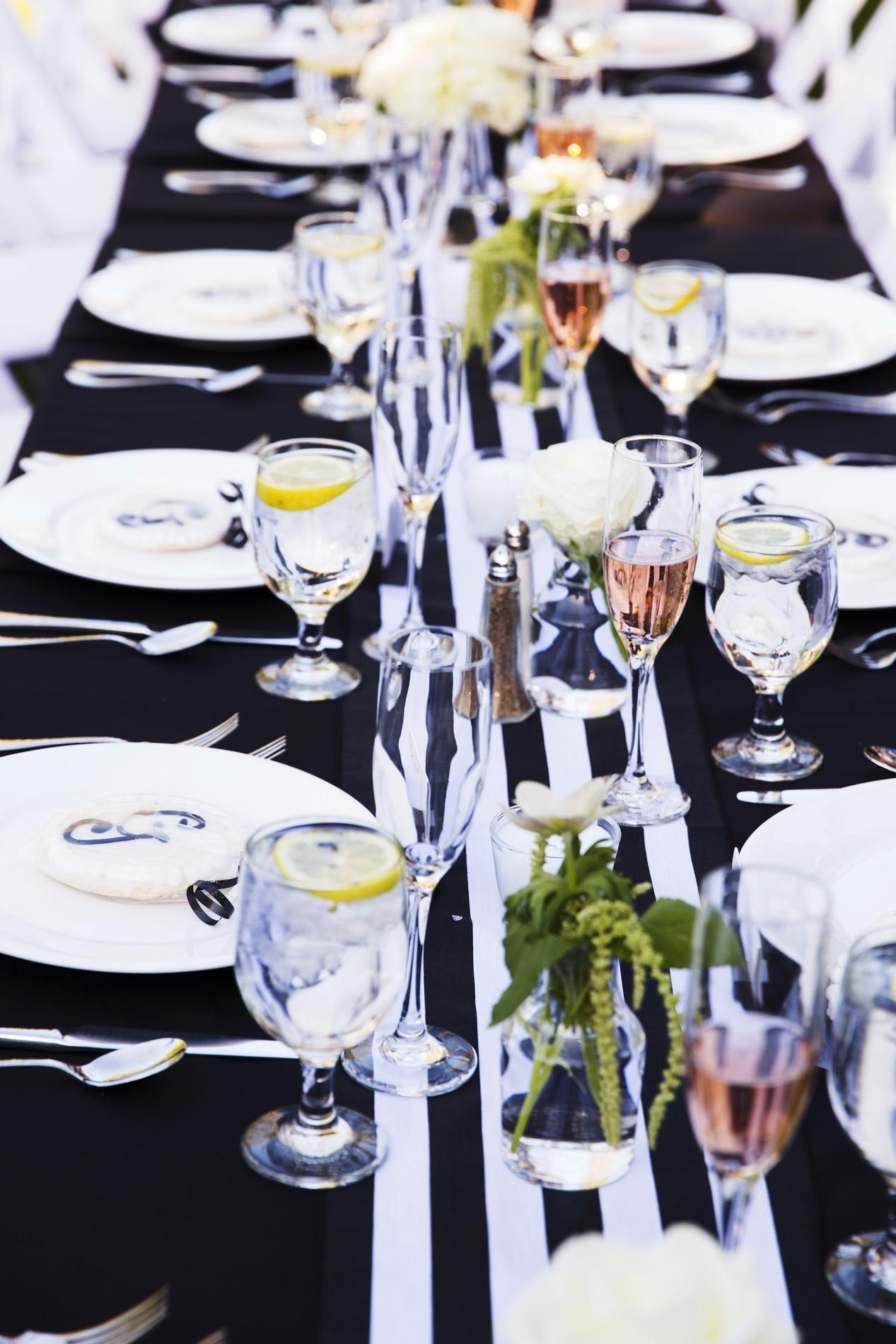 Black And White Striped Table Runners Tablecloth ...