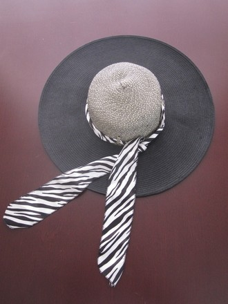 HBY HBY Wide Brim Straw Hat with Silk Ribbon Tie - Elegant Style Summer Hat
