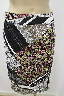 Blumarine Three Floral Patterned Pencil W Lace Velvet Accents Skirt Multi-Color