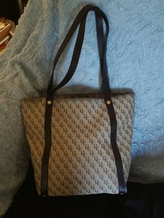 Bottega Veneta Louis Vuitton Gucci Tote in Beige and Brown