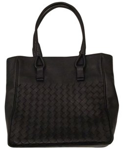 Bottega Veneta Tote in Black