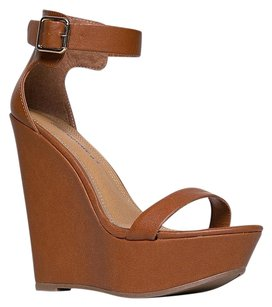 Breckelle's Brown Wedges