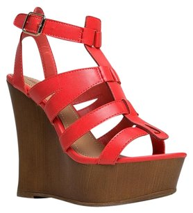 Breckelle's Red Wedges