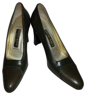 Bruno Magli Olive/brown Brown/Olive Pumps