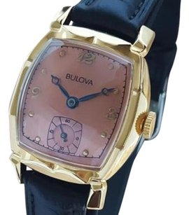 Bulova Bulova Swiss Made 1950s Mechanical Mid Mens Gold Plated Vintage Watch La29