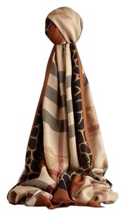 Burberry 100% Authentic Burberry Haymarket scarf Animal print Large