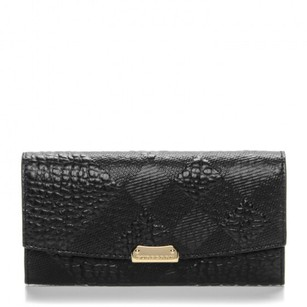 Burberry nwot Burberry signature grainy leather embossed check wallet