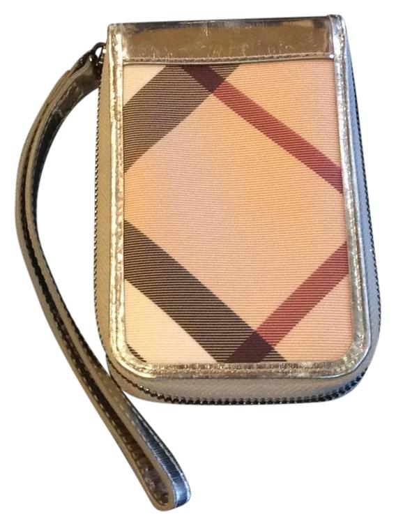burberry outlet location 1kha  burberry wristlet wallet