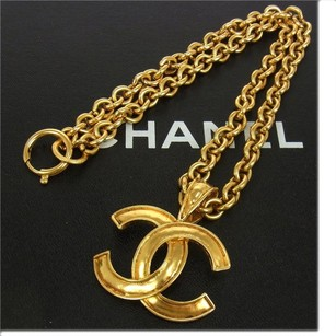 Chanel AUTHENTIC CHANEL VINTAGE CC LOGOS GOLD CHAIN PENDANT NECKLACE 94A FRANCE A10140