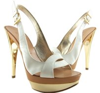 Casadei 75% Off Retail Made In Italy White Slingback Pumps