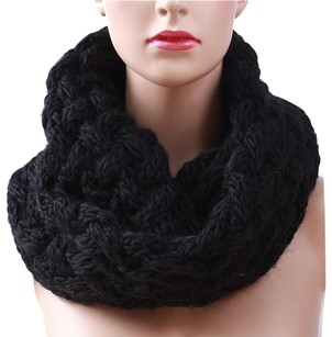 Cashmere Pashmina Group Black* Knitted Wool Scarf