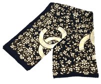 Chanel Auth CHANEL CC Flower Scarf Stole Navy Ivory Silk 100% Italy Vintage LP09868