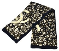 Chanel Auth CHANEL CC Flower Scarf Stole Navy Ivory Silk 100% Italy Vintage LP09869