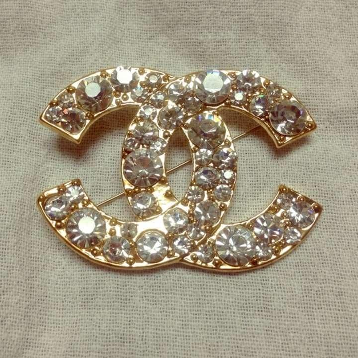 how to tell if chanel brooch is real