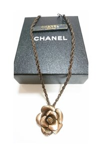 Chanel Authentic Chanel Gold-Tone Camilla Pendant Choker
