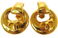 Chanel Authentic CHANEL Vintage CC Logos Earrings Gold-Tone Clip-On 93P France E06385