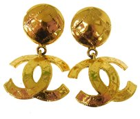 Chanel Authentic CHANEL Vintage CC Logos Earrings Gold-Tone Clip-On France LP14777