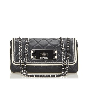 Chanel Black Ivory Leather 15bdod313 Shoulder Bag