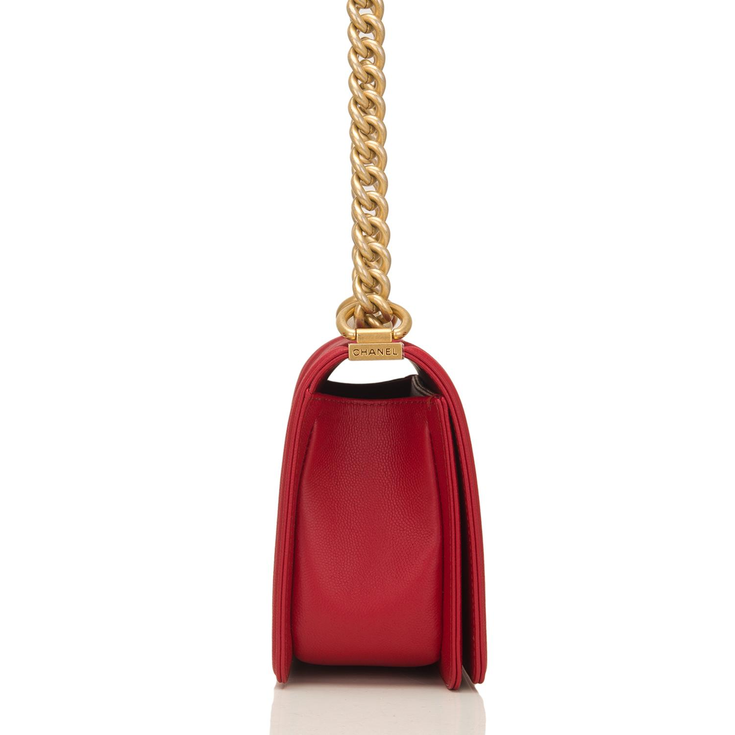 the gallery for gt chanel boy bag dark red