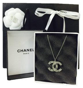 Chanel Chanel 14C necklace with big CC pendant