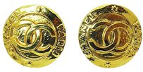 Chanel Chanel Paris Gold What Goes Around Comes Around Round Clip On Earrings E316
