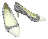 Chanel 14p Tweed Black and white Pumps