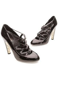 Chanel Black Patent Leather Buckle Quilted Heel Size Black, gold Pumps