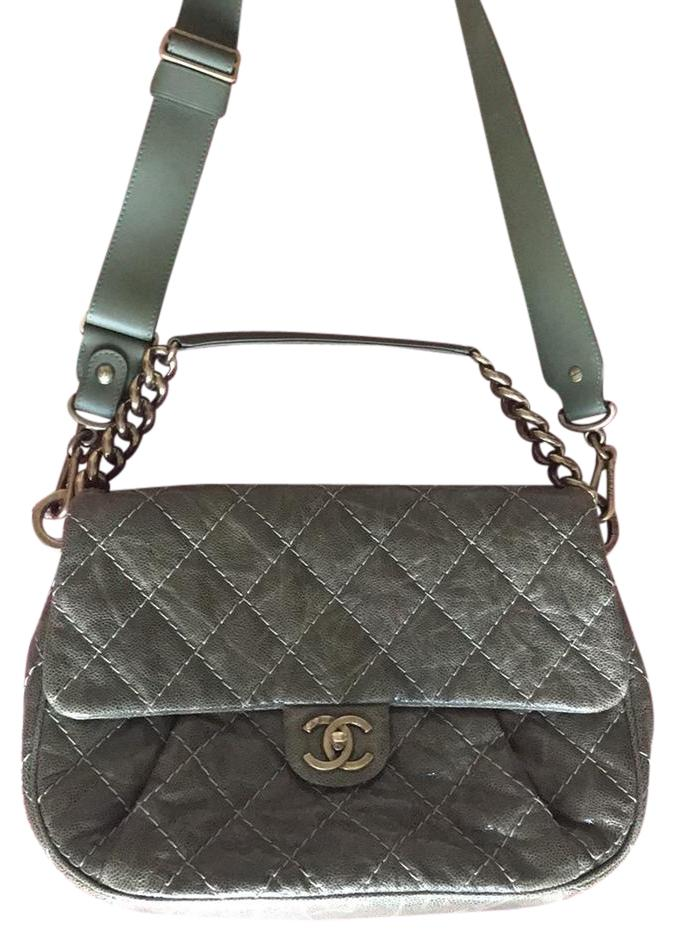Chanel on Sale - Up to 70% off at Tradesy