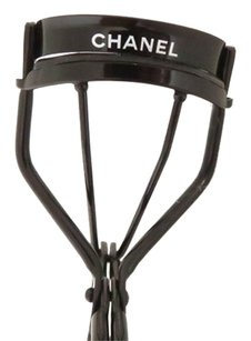 Chanel [ Hold for Sale ] Chanel Precision Eyelash Curler CCTLM11