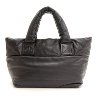 Chanel Lambskin Leather Hand Tote in Black