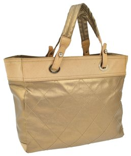 Chanel Paribiarittsu Quilted Cc Tote in Gold