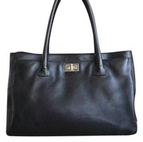 Chanel Reissue Tote in Black